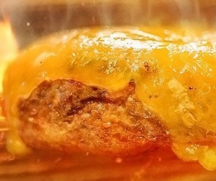 Smoked Burger's trata seus burgers como verdadeiro churrasco!